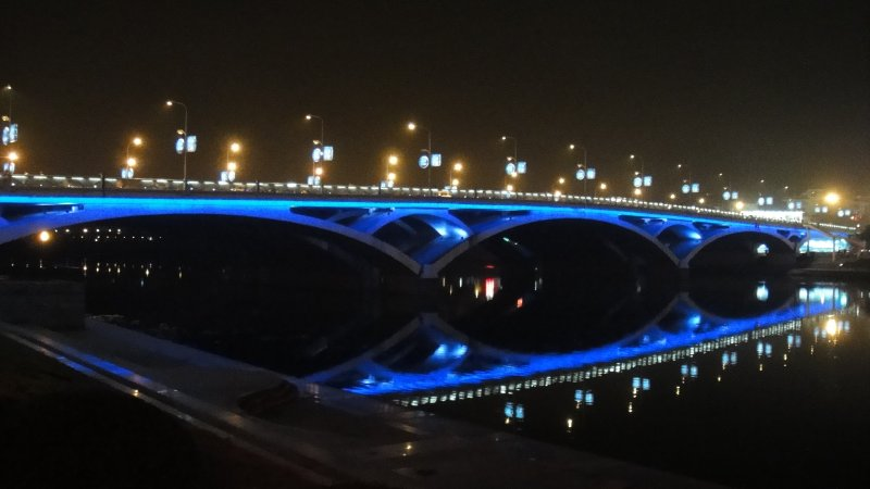 large_Bridge_ove..__China.jpg
