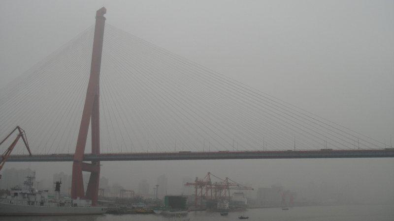 large_Bridge_ove..hanghai.jpg