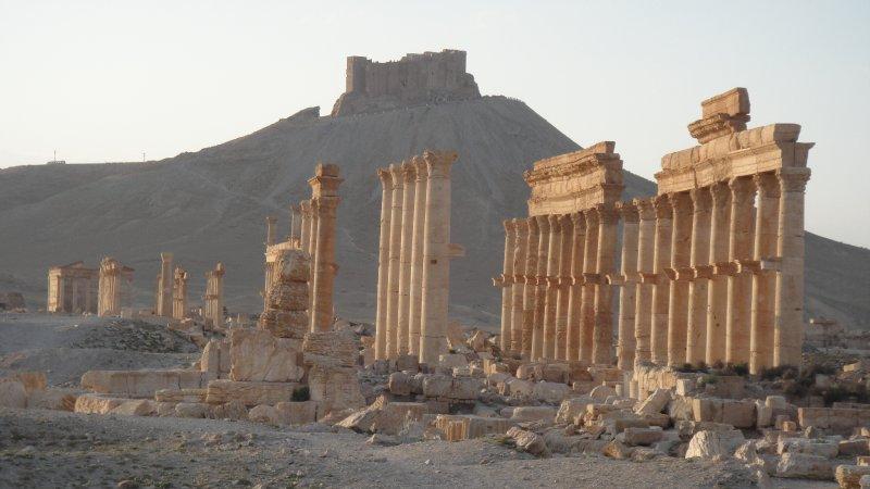 large_Qala_at_ib..__Syria.jpg