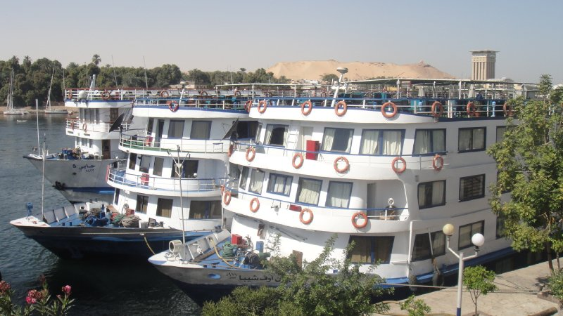 large_River_crui..__Egypt.jpg