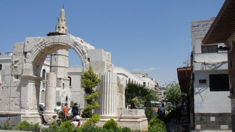 large_Roman_Arch..__Syria.jpg