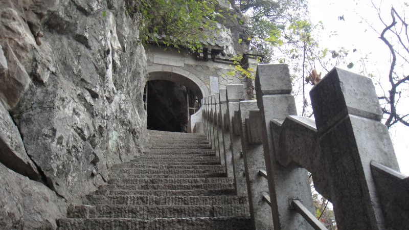 large_Steps_and_..__China.jpg