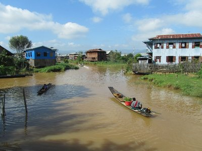 Travelling around Inle Lake