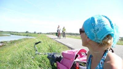 BikingwithEve1.jpg