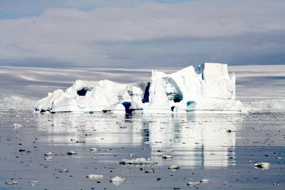 IMG_7383_decaying_iceberg.jpg