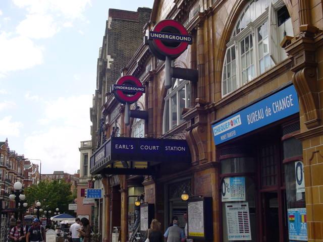 Earls Court Road (near my hostel in Kensington)