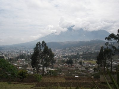 volcano and the city of octavalo