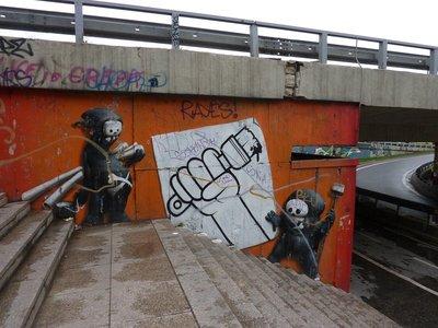 Bratislava_street_art.jpg