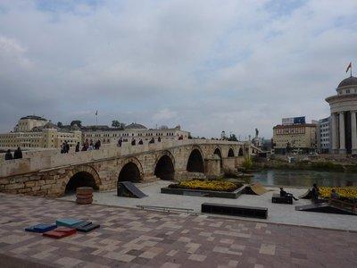 Skopje_bridge.jpg