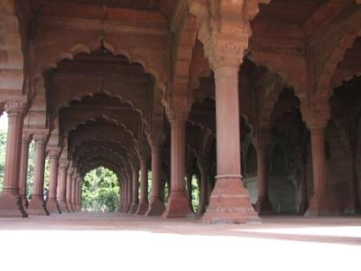 2_red_fort..ce_hall.jpg
