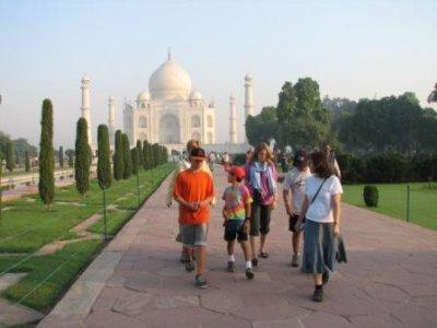 6_walking_from_Taj.jpg