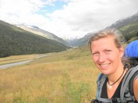 Rees-Dart track: Still smiling at the beginning of the 2hour walk over Cattle Flat which is not so flat at all (running up and down, up and down...)