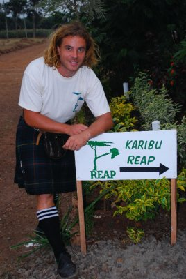 Kilted barbarian welcomes you to REAP show
