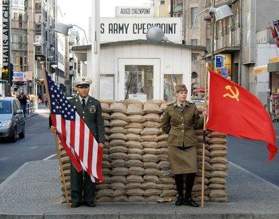 Berlin_Checkpoint_Charlie