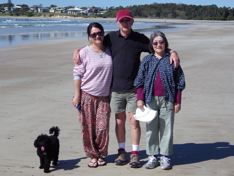 Naomi, Bob and Hiroe on Arrawarra Beach