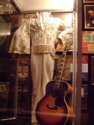 Graceland_74.jpg