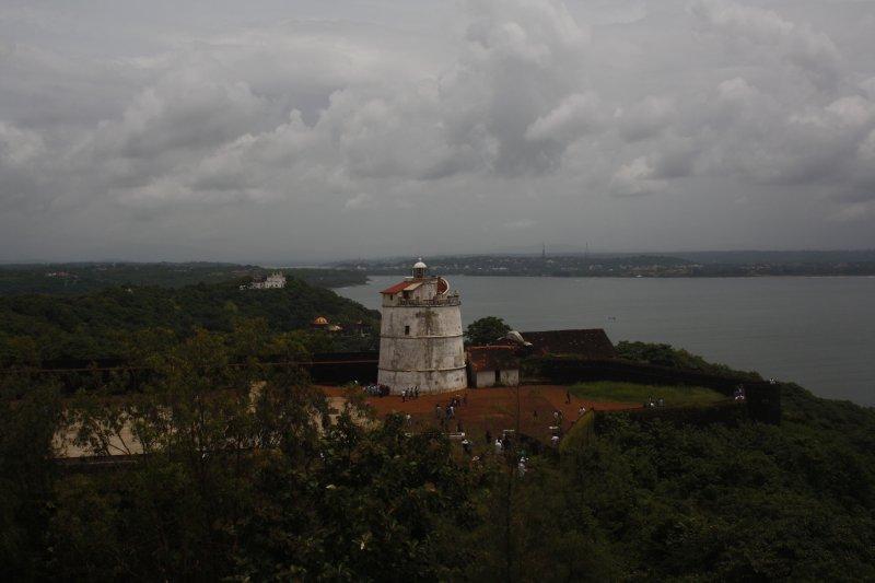 large_10_2__Fort_Aguada.jpg