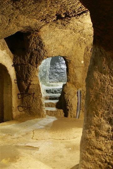 znojmo catacombs 1