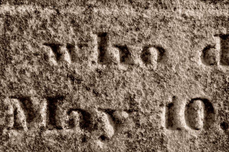 Grave Detail