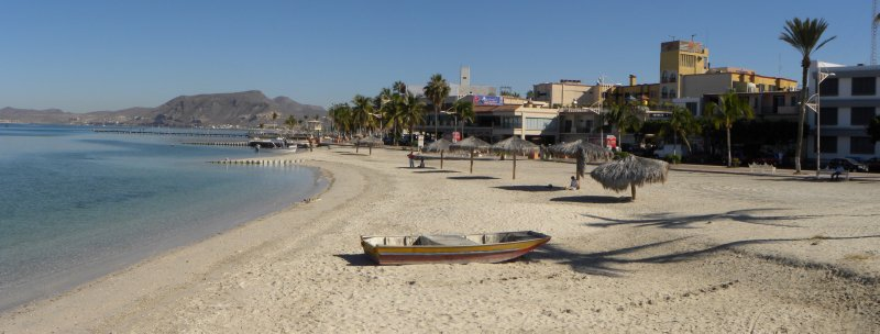la paz waterfront looking east on the Malecon