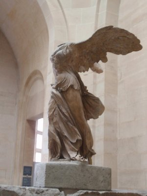 louvre-winged-victory.jpg