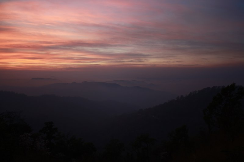 Pink sunset mae hong son