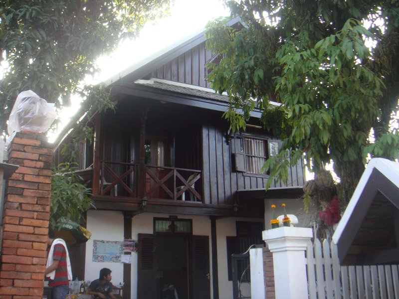 Our Luang Prabang Guesthouse - 40,000 Kip/room (6USD)