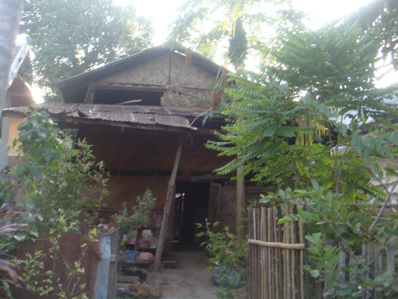 Our neighbours - The guesthouse next-door, it was actually a possibility for us at 1am after a 11+ hour bus-ride