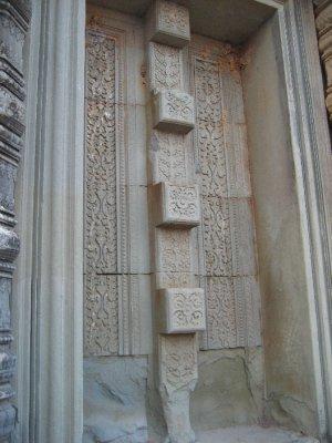 Carvings at Pre Rup