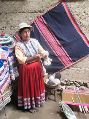 A woman in traditional dress in the Colca Canyon