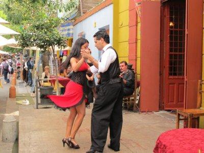 Tango at a La Boca restaurant