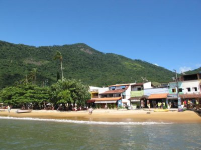Sunny days on Ilha Grande, before the rains came!