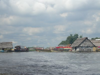 Belen - River houses