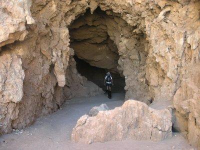 Caves- Valle de Luna