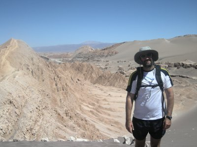 Valle de Luna- Seth with the moon up his tshirt