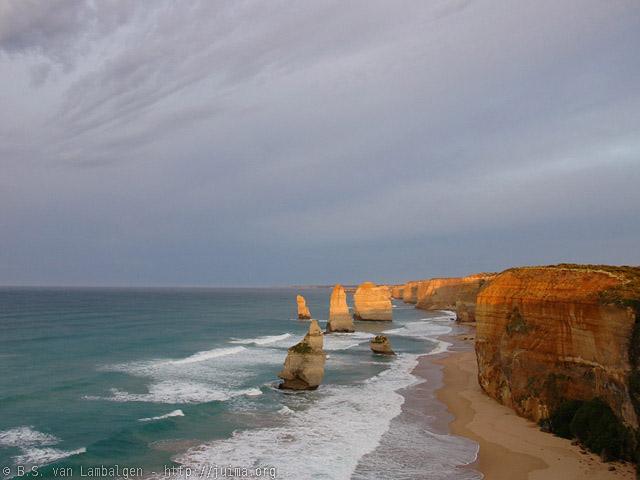 Dawn light over the Twelve Apostles