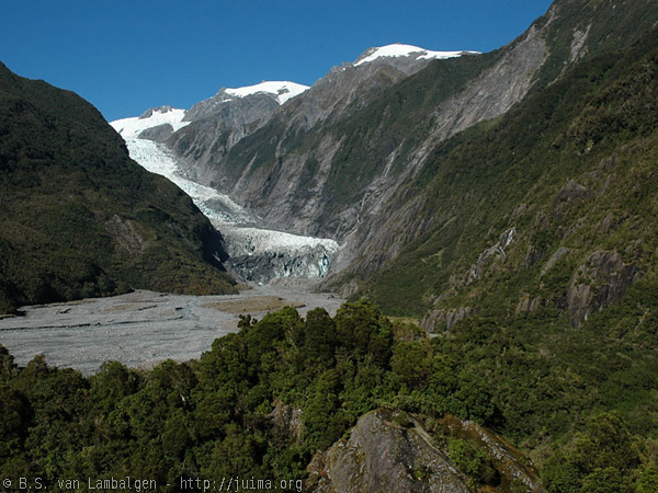 View over Franz Josef Glacier from the Sentinel Rock lookout
