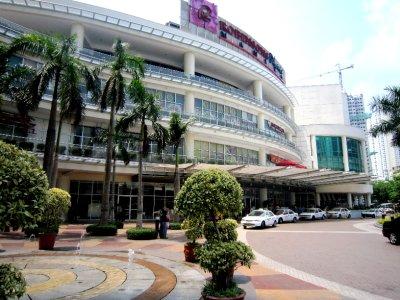 Robinson mall, Manila