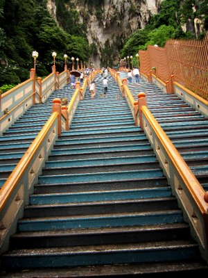 The 272 steps leading to Batu caves