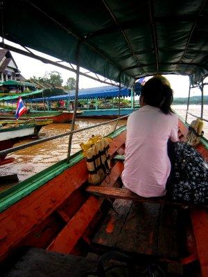 Crossing the border into Laos