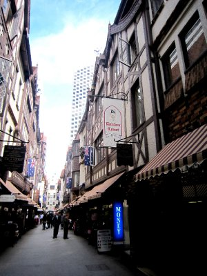 English street in Perth