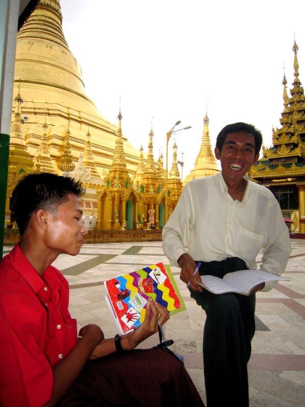 Giving an English lesson at Shwedagon Paya