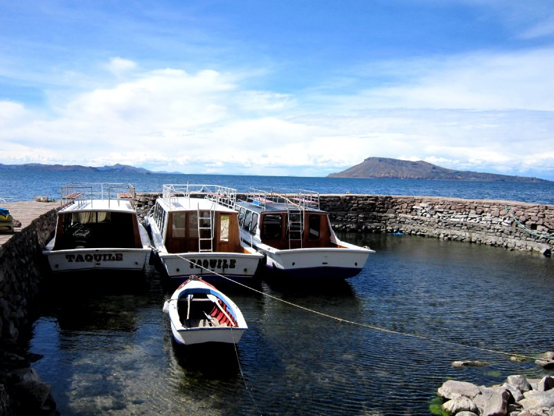 Taquile harbour