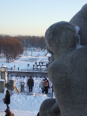 A Child's view of Vigeland park.