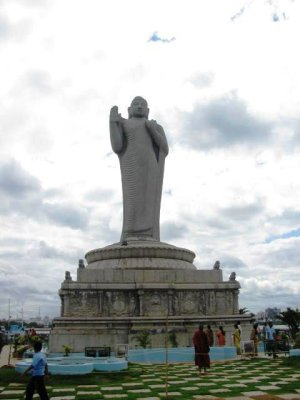 Worlds_Largest_Buddha.jpg