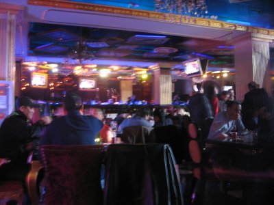 That was Sunday night. Still we saw lots of people (not at our ages) here. Looks like a nice restaurant to you, huh?Dance floor is just somewhere near those tables.