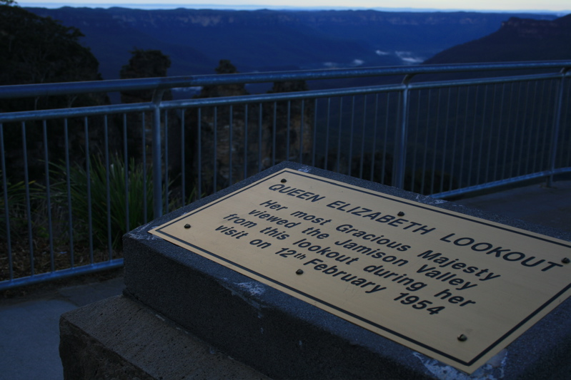 Queen Elizabeth Lookout... of the Three Sisters