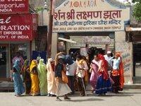 Rishikesh_women__2_.jpg