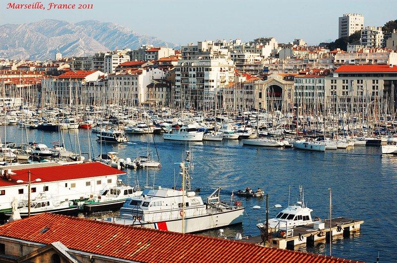 Marseille france a beacon somewhere around the world - Distance gare st charles vieux port marseille ...