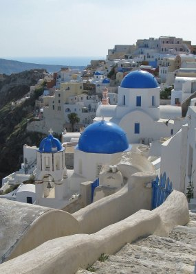 More Oia churches